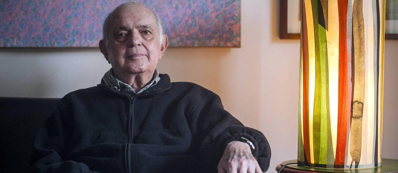 O crítico de teatro Sábato Magaldi Foto: Leonardo Soares / Agência O Globo