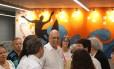 Governador licenciado Luiz Fernando Pezão esteve na abertura da praça Antero de Quintal