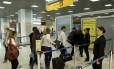Primeiro dia do novo procedimento de segurança no Aeroporto Santos Dumont