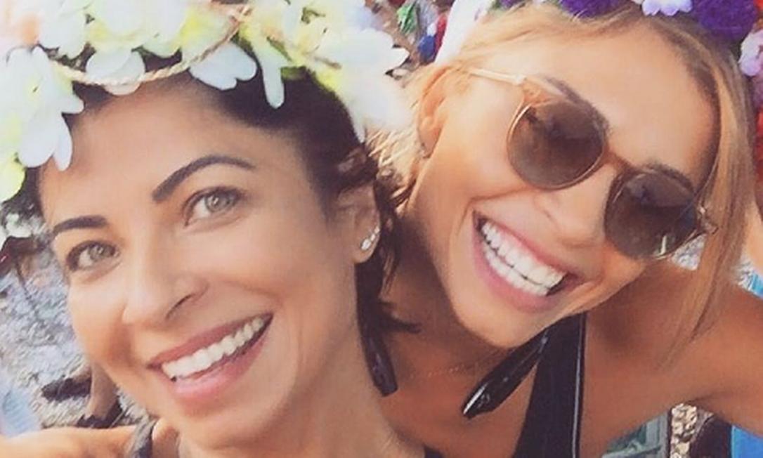 A dupla Grazi Massafera e Ana Lima fazem parte do grupo de atrizes que achou, no meio de trabalho, uma parceria verdadeira Instagram