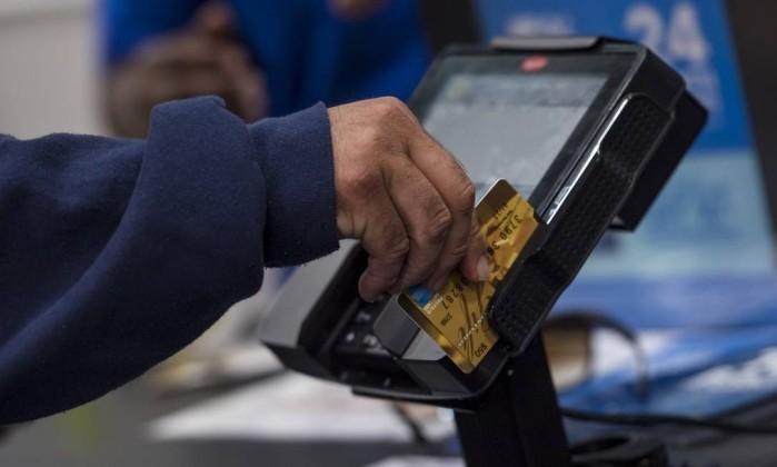 BC: média diária de concessões no crédito livre sobe 9,3% em novembro