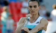 Isinbayeva reagiu com indignação à exclusão do atletismo russo dos Jogos Foto: SERGEI KARPUKHIN / REUTERS