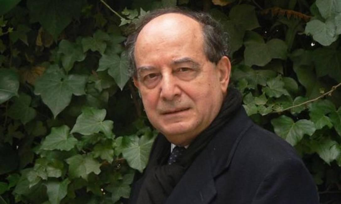 O escritor Roberto Calasso Foto: Arquivo