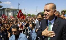 Presidente da Turquia, Recep Tayyip Erdogan, chega ao Parlamento em Ancara Foto: STF / AP