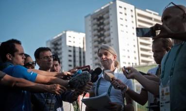 A chefe da delegação da Austrália, Kitty Chiller, disse que a Vila do Rio foi a mais problemática que já encontrou Foto: YASUYOSHI CHIBA / AFP
