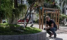 Repaginada. Além de cuidar da Praça do Grego, no Jardim Guanabara, Vencionek fez uma reforma completa do espaço, perto de onde trabalha