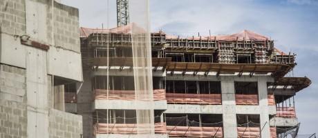 Mudança de ritmo. Construtoras elevam número de lançamentos diante de aumento da confiança do consumidor e de estímulos de crédito para a compra da casa própria pela Caixa Econômica Federal, que liberou R$ 16 bilhões Foto: Ana Branco / O Globo/20-11-2015