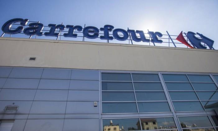 Logomarca do Carrefour Foto: Andrew Caballero-Reynolds / Bloomberg