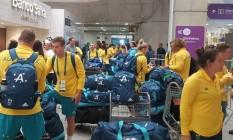 Atletas australianos no aeroporto do Galeão Foto: Divulgação Australian Olympic Commitee