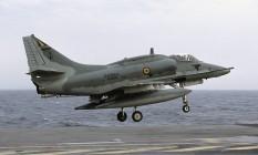 AF-1 Skyhawk, modelo do avião da Marinha envolvido em acidente nesta terça-feira Foto: Rob Schleiffert/Wikimedia Commons