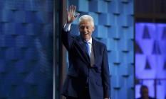 O ex-presidente Bill Clinton foi ovacionado pelo público na convenção democrata na Filadélfia Foto: LUCY NICHOLSON / REUTERS
