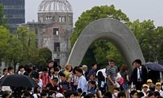 Visitantes no memorial de Hiroshima Foto: Shuji Kajiyama / AP