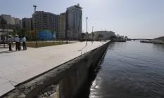 Trecho da orla em que galeria desemboca fica em frente a local da pira olímpica Foto: Domingos Peixoto