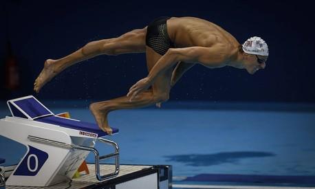 Vencer os 50 metros livre exige uma sequência perfeita de movimentos Foto: Alexandre Cassiano / Agência O Globo