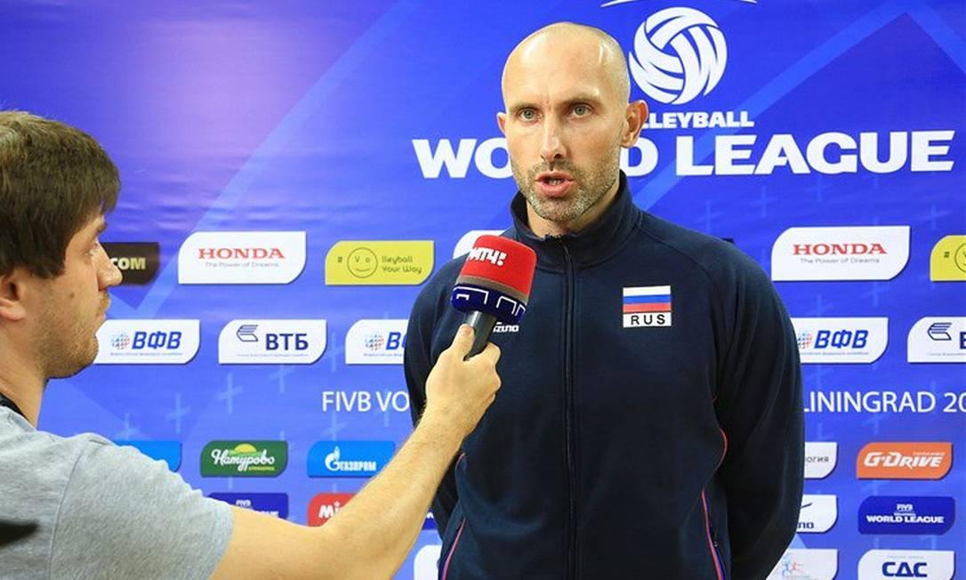 O jogador de vôlei Sergei Tetyukhin, ouro em Londres, será o representante da Rússia Reprodução Twitter
