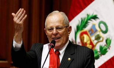 Novo presidente do Peru, Pedro Pablo Kuczynski presta juramento ante o Congresso Foto: MARIANA BAZO / REUTERS