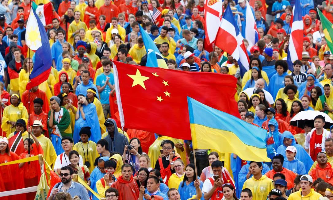 Cerca de 600 mil pessoas ouviram o Papa no parque Blonia STEFANO RELLANDINI / REUTERS