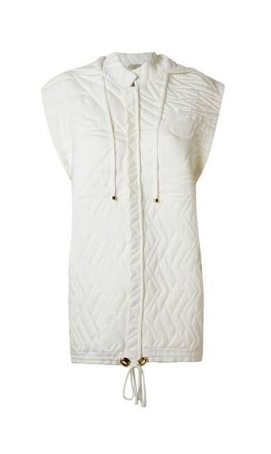 Colete. R$ 4.163, GIG Couture (www.gigcouture.com.br) Divulgação
