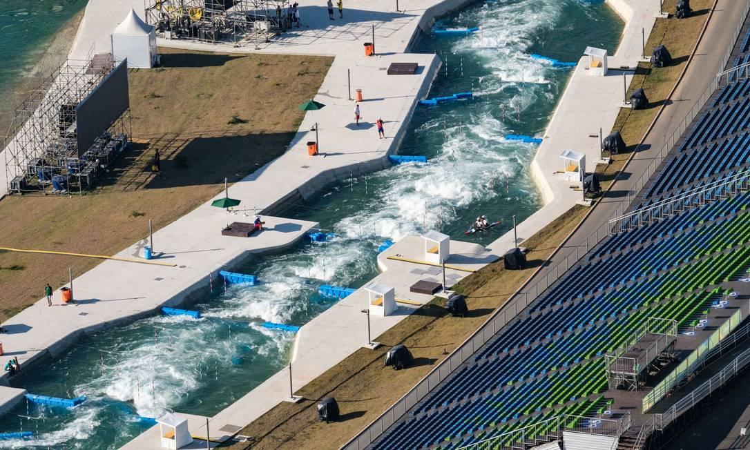 O estádio aquático de canoagem slalom YASUYOSHI CHIBA / AFP