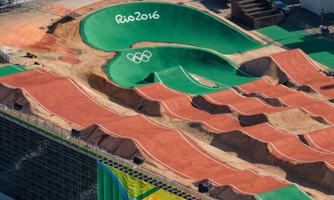 A arena de BMX em detalhes YASUYOSHI CHIBA / AFP
