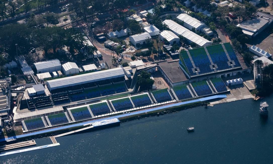 O estádio da Lagoa todo pronto para as provas de remo YASUYOSHI CHIBA / AFP