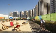 A área internacional da Vila Olímpica, na Barra Foto: Daniel Marenco / Agencia O Globo / Agência O Globo