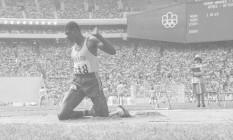 João do Pulo, bronze no salto triplo em duas Olimpíadas, é um exemplo de atleta com formação militar Foto: Sebastião Marinho / Agência O Globo
