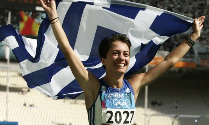 Athanasia Tsoumeleka, vencedora da marcha atlética nos jogos de 2004, em Atenas Foto: Mark Baker / AP Photo