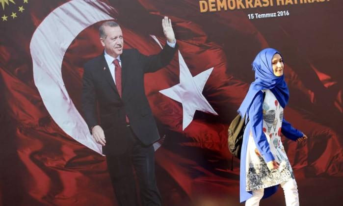 Resultado de imagem para erdogan sexo com crianças