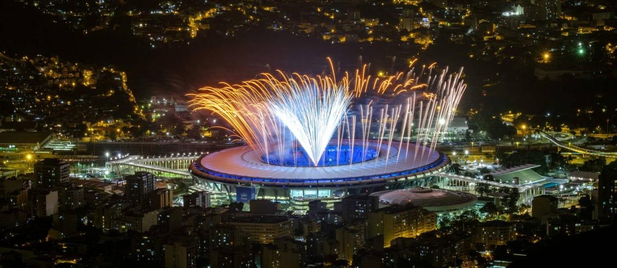 Fogos são testados para a cerimônia de abertura dos Jogos Foto: Yasuyochi Chiba / AFP