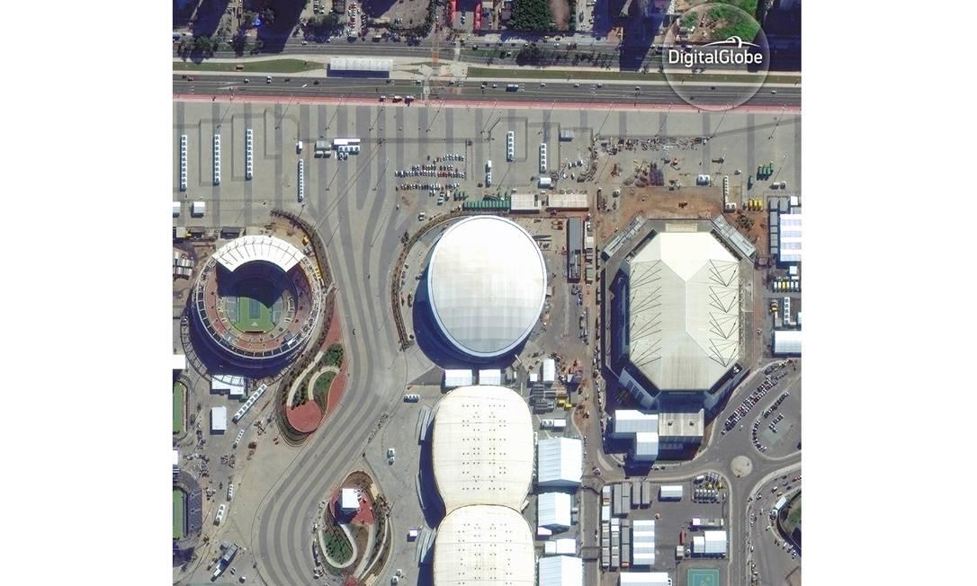 Velódromo, no centro da foto HANDOUT / DIGITALGLOBE