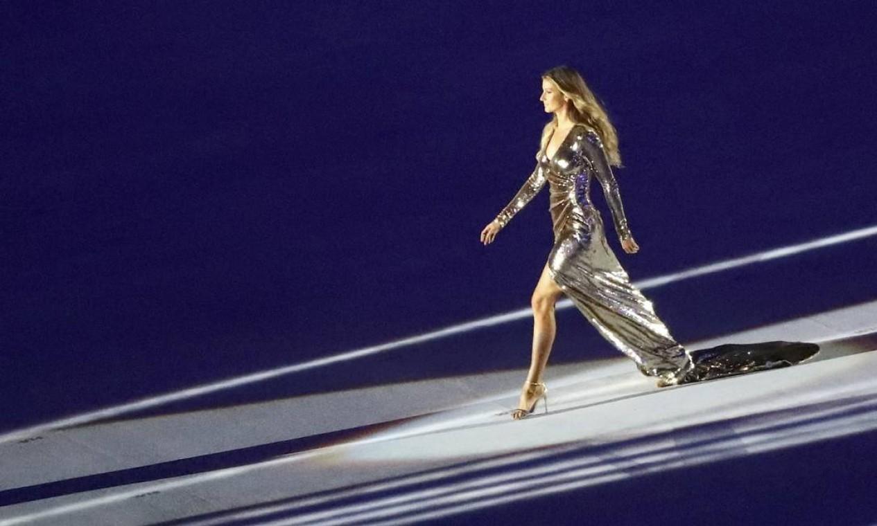 A top model Gisele Bundchen na festa de abertura da Olimpíada do Rio Foto: MIKE BLAKE / REUTERS