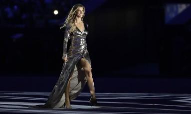 """Gisele desfilou ao som de """"Garota de Ipanema"""" Foto: David Goldman / AP"""