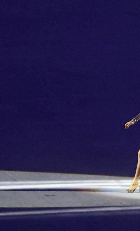 Gisele representou as curvas de Oscar Niemeyer Foto: MIKE BLAKE / REUTERS