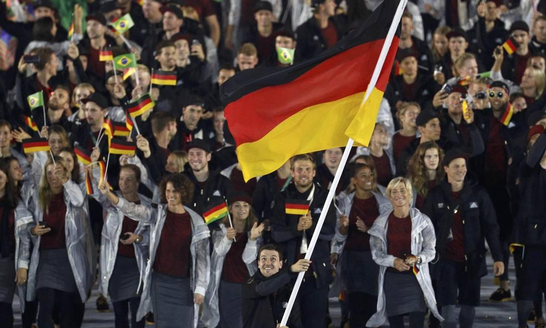 Delegação da Alemanha, país do presidente do COI, Thomas Bach STOYAN NENOV / REUTERS