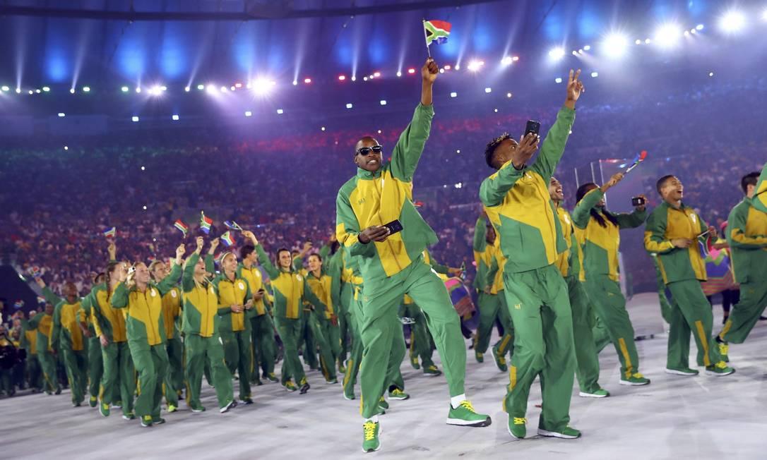 Atletas da África do Sul mostram animação KAI PFAFFENBACH / REUTERS