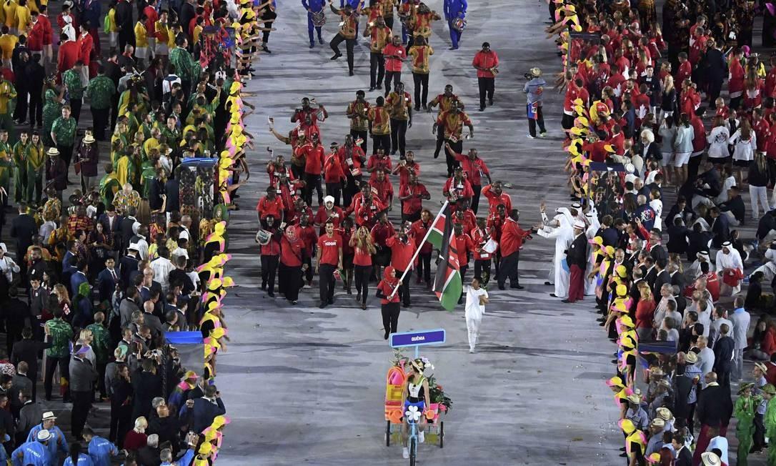 e003511aec17a Delegação do Quênia se apresenta durante a cerimônia de abertura dos Jogos  Olímpicos Rio-2016