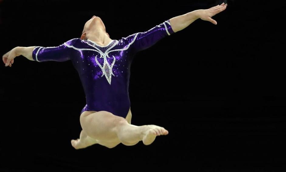 Daniele Hypólito, durante prova classificatória por equipe, na Arena Olímpica Foto: Marcio Fernandes / NOPP