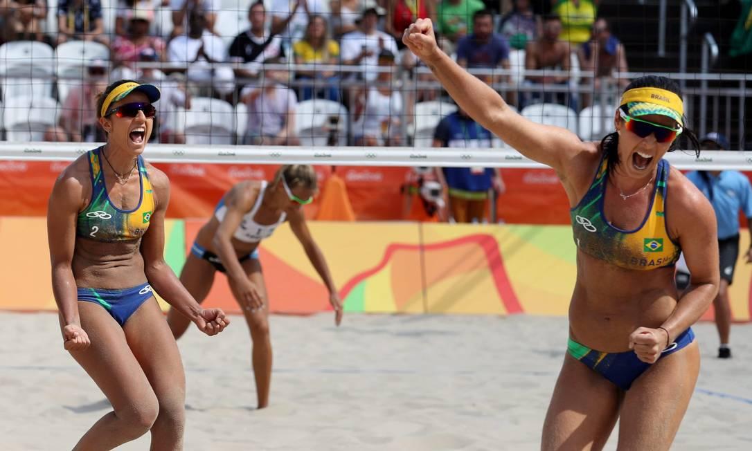 Vôlei de Praia Feminino. Agatha / Bárbara (Brasil) x Gallay / Klug ( Argentina) na Arena de Copacabana Marcelo Carnaval / Agência O Globo