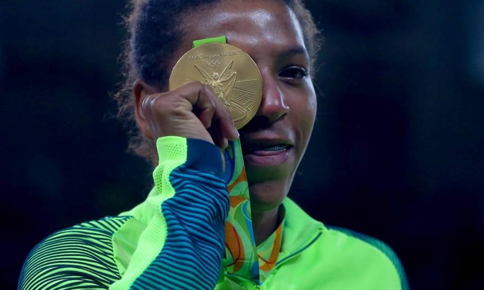 Rafaela Silva vence a final e leva a medalha de ouro no Judô Foto: Pedro kirilos / Agência O Globo