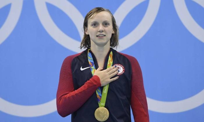 Katie Ledecky, fenômeno da natação americana Foto: CHRISTOPHE SIMON / AFP