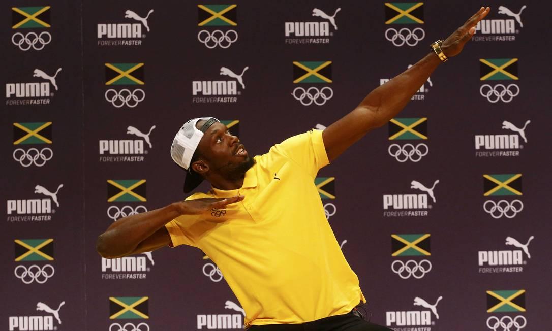 Ele fez o famoso gesto de raio, sua marca registrada NACHO DOCE / REUTERS