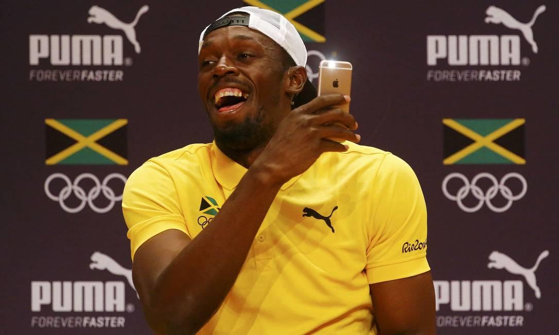 Durante a entrevista, Bolt se mostrou descontraído NACHO DOCE / REUTERS