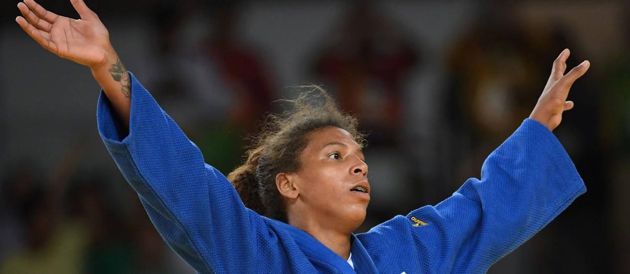 Rafaela Silva celebra ouro no judô Foto: TOSHIFUMI KITAMURA / AFP