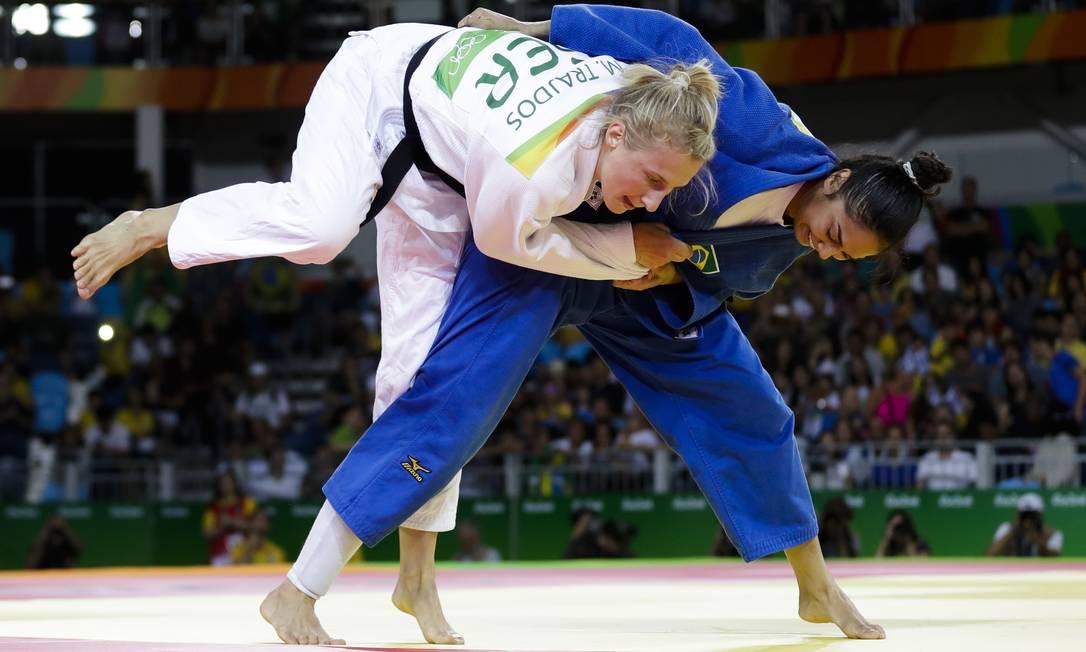 Martyna Trajdos é a atual campeã europeia e era favorita para vencer a luta Markus Schreiber / AP