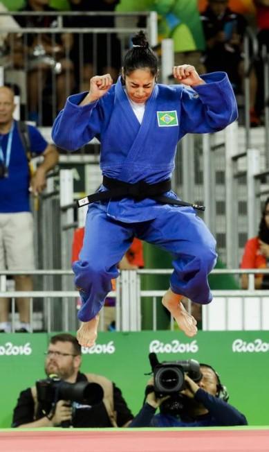 Na semi final, Mariana irá enfrentar a judoca número 1 do mundo Markus Schreiber / AP