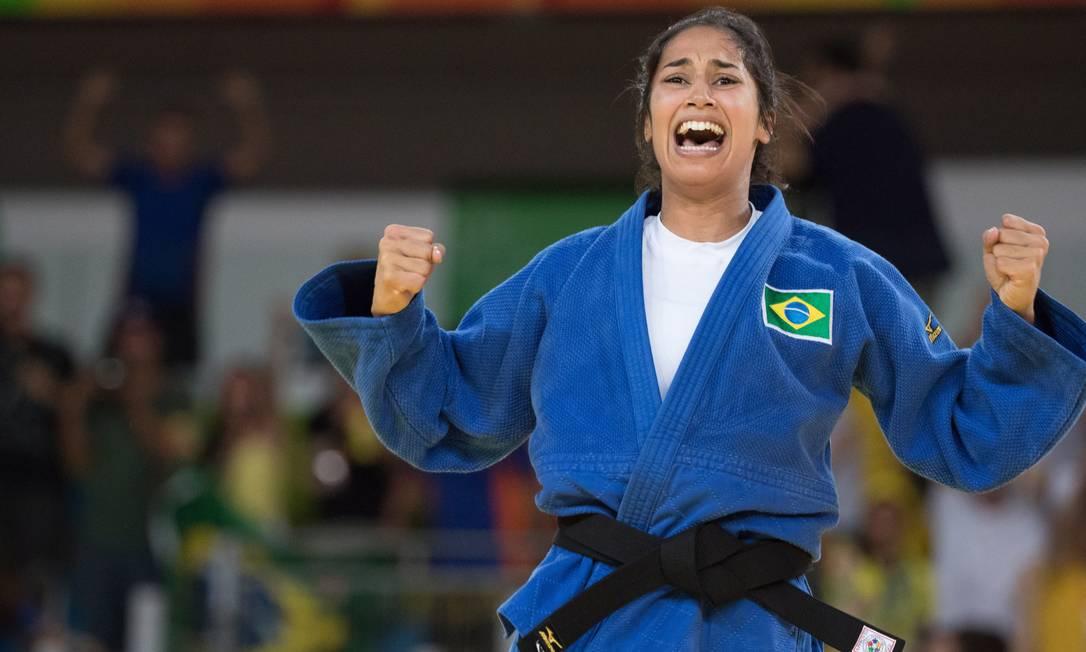 Mariana comemora vitória nas quartas de final Danilo Verpa / Folhapress/NOPP