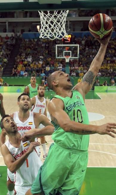Com o resultado, o Brasil aumenta sua chances de se classificar entre os quatro melhores do Grupo B JIM YOUNG / REUTERS