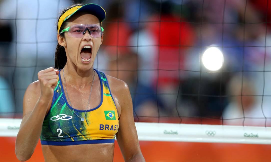 Talita vibra com ponto. Brasil tem o maior número de medalhas olímpicas da modalidade, com 11 duplas no pódio desde 1996 Petr David Josek / AP