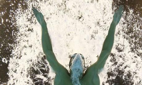 É a primeira vez que um nadador recupera um título olímpico Foto: STEFAN WERMUTH / REUTERS